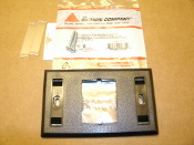 Siemon CT2-FP-01 CT Faceplate Single Gang 1 CT Port Coupler. Black. New. 01057-1015. UPC: 700416016359.