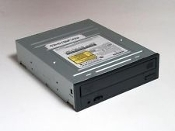 Dell SM-348 CD-RW/DVD Drive with Black Bezel. Refurbished. SM-349B/DNR. 6GDWC05184. F/W=T503. PH-0J2347-70619-3CB-03DZ. REV A00. A3LSM348, D33020. M3X6. 3C10F204410A Combo. IDE. BG68-00632A.
