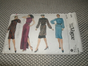 Very Easy Vogue 8076 Sewing Pattern. New. Size: 14. Misses' Dress, Tunic, Top and Skirt.