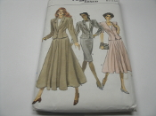 Vogue Patterns 9977 Sewing Pattern. New. (12-14-16) Misses' Petite Jacket and Skirt.