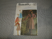 Butterick 4326 Sewing Pattern. New. Size: 30. Misses' Skirts. 8 Patterns.