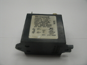 Honeywell R4801B Relay. Used. 1008, A97-4097. 120V 50/60 Hz. Coil Current. 024A. 9230.