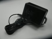 Condor AC Adaptor D7-10. New. 120V 60Hz. 7.5VDC 800mA. 740013121131