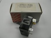 Robertshaw 5501-439 Cooking Control. New. INF-208-626B. INF-208-359. 111503-3. 15AMP, 208 VAC. Robertshaw Uni-Line.